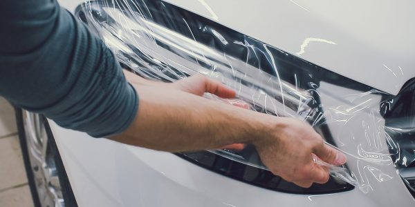 Car paint protection, protect coating installation man